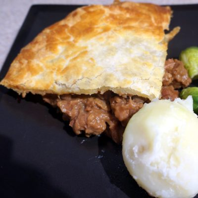 Steak mushroom and ale pie